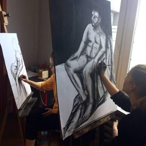 Zajęcia zmodelem – niezbędnik każdego artysty